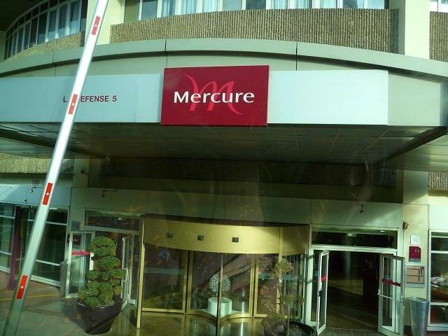 "Отель ""Mercure"" Paris La Defense 5"
