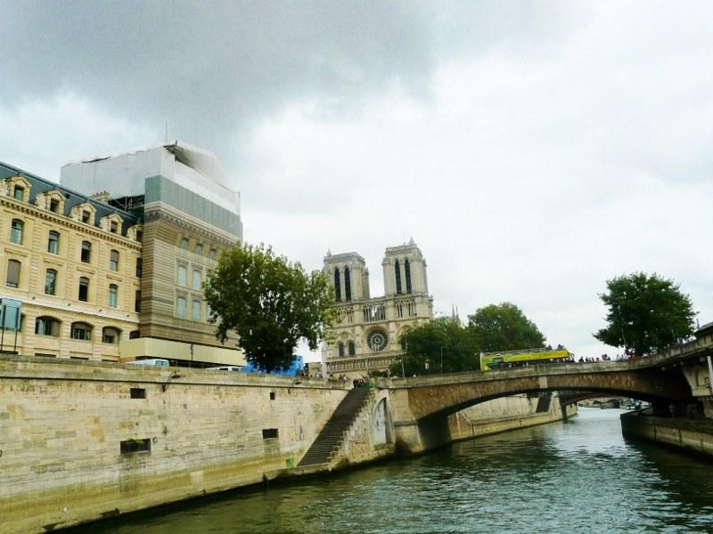 Собор Парижской Богоматери, вид с реки