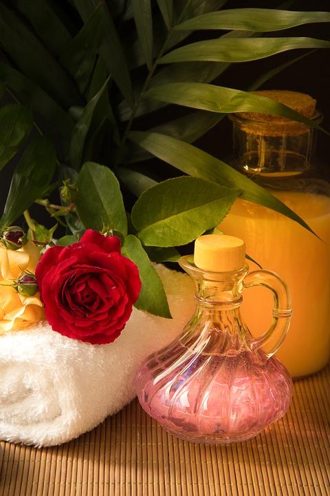 Эфирные масла для релакса, одна из методик массажа