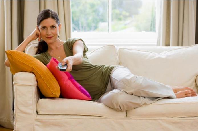 Отдых на диване во время карантина