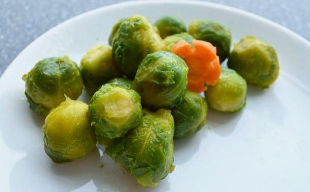 Какие овощи готовить, а какие можно есть сырыми?
