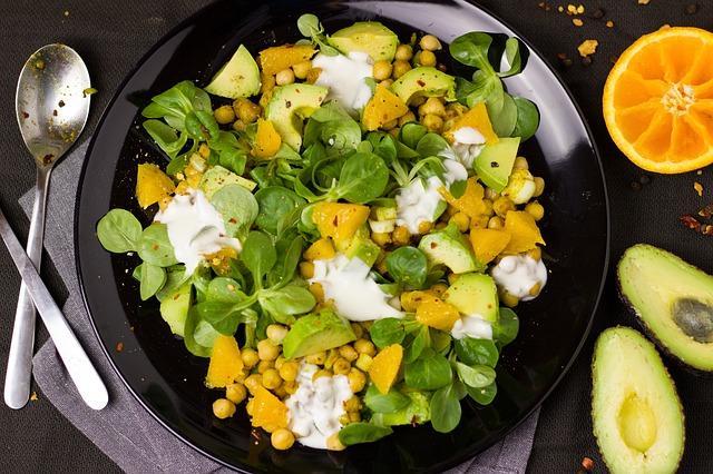 Добавляем в салат цельные питательные зёрна