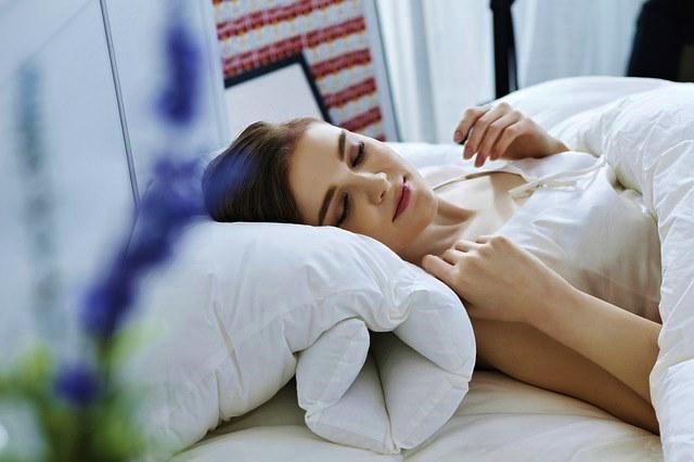 Хроническое недосыпание, сонливость у женщин и мужчин