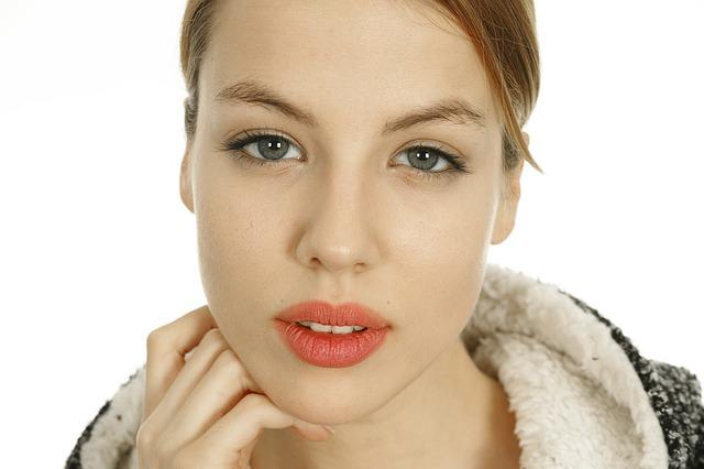 Как успокоить раздраженную кожу лица