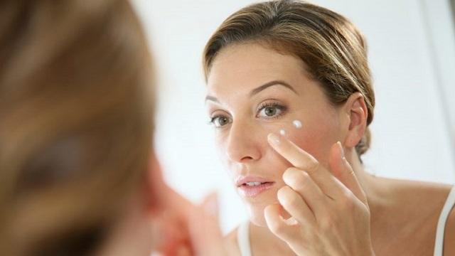 4 доступных эффективных способа убрать морщины вокруг глаз
