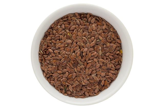 Чем полезны семена льна для женщин