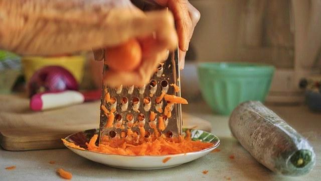 Маска из моркови, подходящая для всех типов кожи в домашних условиях