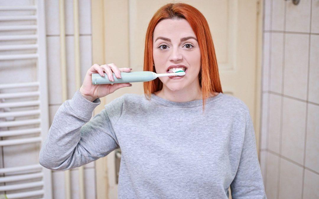 Как избавиться от неприятного запаха изо рта. 4 натуральные средства